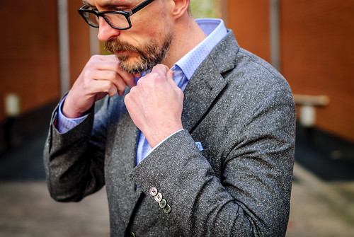 British workwear tailoring by Arthur Shirtley: Smart casual menswear outfit \ tweed blazer \ check shirt \ dark wash straight leg jeans \ brown high top brogues | Silver Londoner, over 40 menswear | by silverlondoner