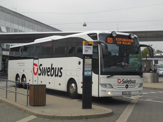 Mercedes Tourismo Swebus 7702 BCN352 route 820 Copenhagen Airport
