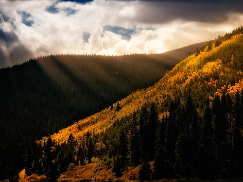 autumn trees usa mountain fall clouds landscape colorado unitedstates hiking location aspen cloudscape cloudscapes landscapephotography imagetype photospecs bestofcolorado