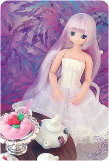 She loves tea | by kasane_and_ko