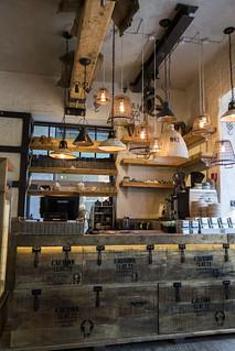 Interior de la cafetería Katusekohvik, calle Viru, Tallin (Estonia)