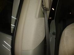 Tapizado especial del Prius - Taxi. Montante copiloto. Después