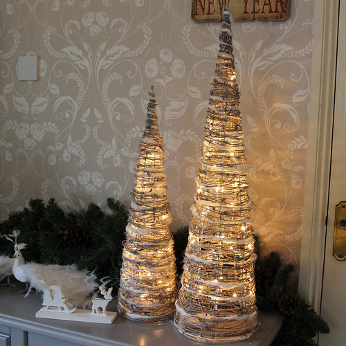 Lighting Of Christmas Tree 2014: Set Of Two Light Up Christmas Cones,Set, Of ,Two ,Light, U