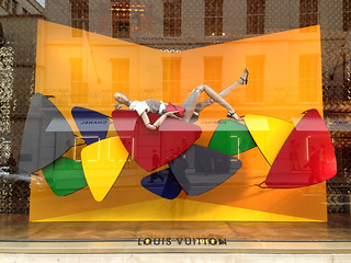 Vitrines Louis Vuitton/Charlotte Perriand - Londres, avril 2014 | by JournalDesVitrines.com