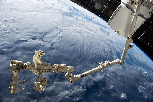iss041e049099   by NASA Johnson