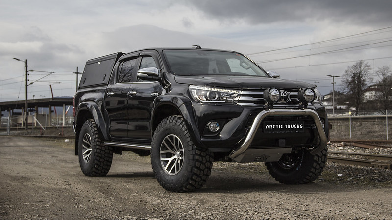 Toyota Hilux AT37