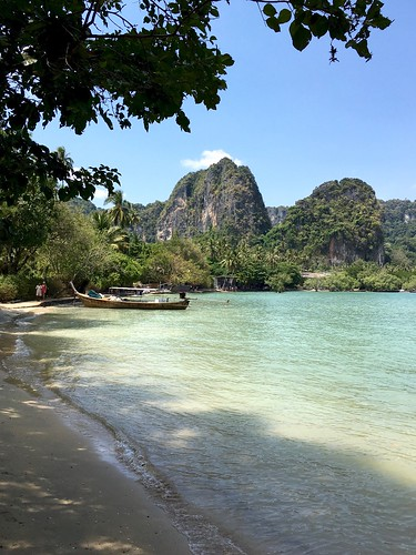 Phra Nang Cave Beach | by chillyistkult