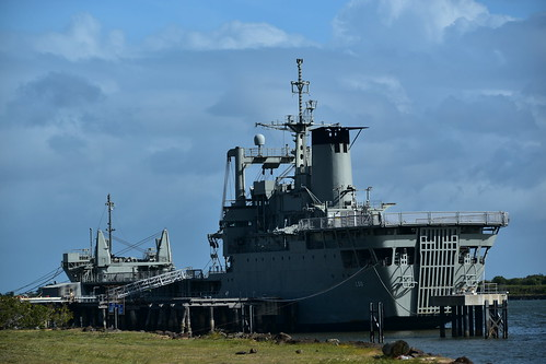Decommissioned HMAS Tobruk | by Dreaming of the Sea