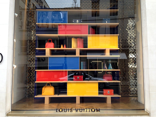 Vitrines Louis Vuitton/Charlotte Perriand - Londres, avril 2014 | by JournalDesVitrines.com