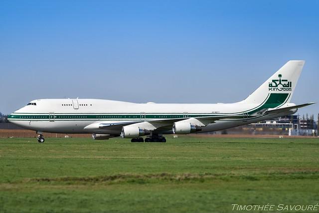 LBG   Kingdom Holdings Boeing 747-400