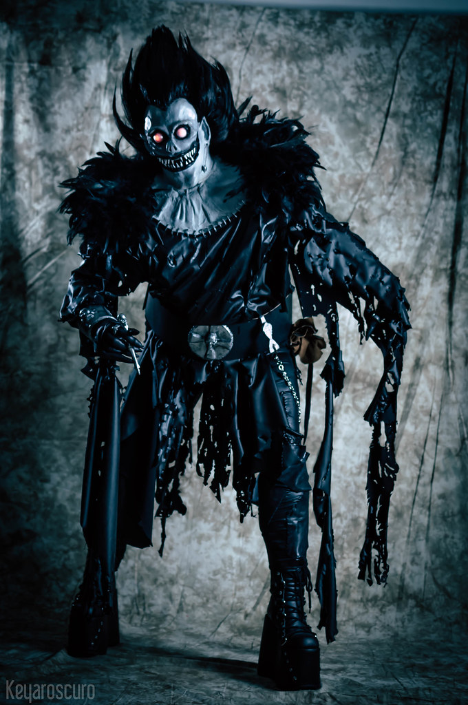 Ryuk From Death Note Cosplayer Jacqueline Black Photograp