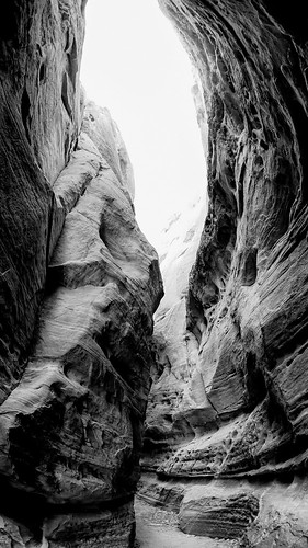 Valley Of Fire -- Slot Canyon | by hin_man