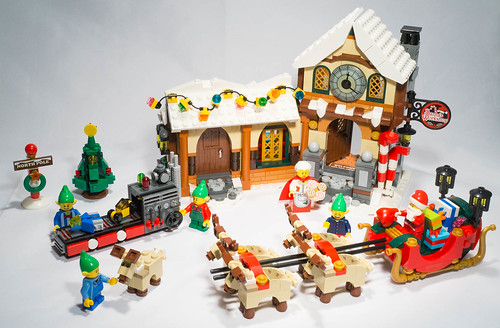 Lego 10245 - Santa's Workshop | by gnaat_lego