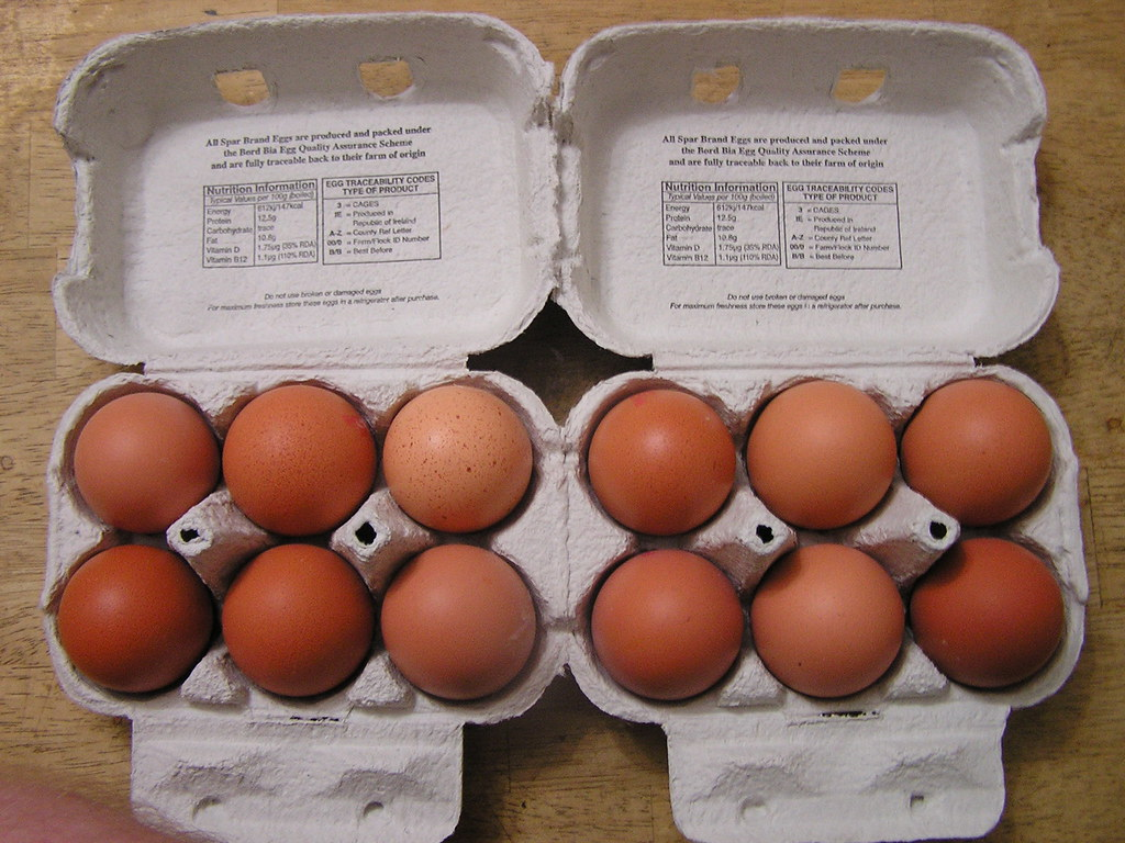 Spar 6 Medium Morning Fresh Eggs €1 00 01102014 - Eggs | Flickr