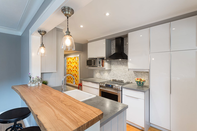 Holland Ave Kitchen by Grassroots Design