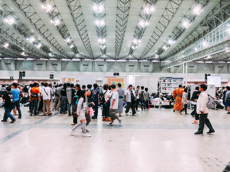 AKB48 Handshake Event at Makuhari Messe
