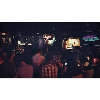 Dive bar karaoke is the best way to end an epic Austin trip. #aus #dpm2014 #keepaustinweird #dontmakemegohome