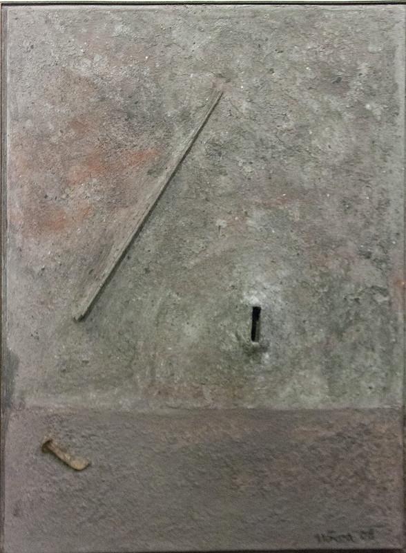 Double espace avec reliefs et creux.