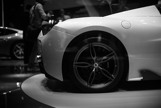Impressions-at-Paris-Motor-Show-2014_098