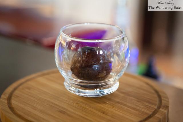 Spheres of frozen coffee