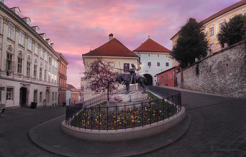 architecture sculpture monument city urban skyline sunset flowers buildings historic zagreb croatia bend square stonegate kamenita