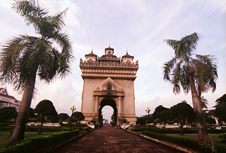 Patuxai, the Victory Gate, Vientiane, 9/2014 | by Khánh Hmoong