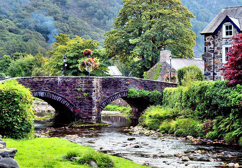 Beddgelert | by Jim Roberts Gallery