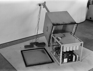 A radio mine releasing device made in Yleisradio's workshop, ca. 1942.