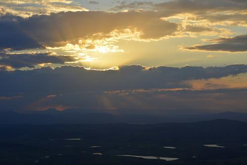 sunset clouds tamborinemountain albertvalley loganvalley mainrange spring sequeensland queensland australia australianlandscape australianweather mounttamborine