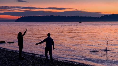 autumn sunset fall nikon sunsetglow pacificnorthwest pugetsound tamron snohomishcounty mukilteo bythesea d610 northwestwashington ryderphotographic tamronsp240700mmf28divcusd howardryder