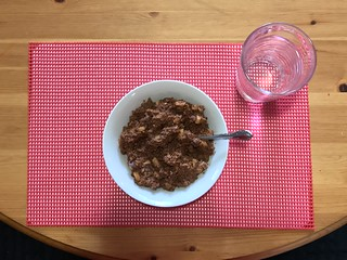 Tasty Breakfast Chocolate Apple Cinnamon Oatmeal Quaker | by kimberleydomoslai