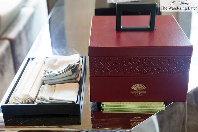 Mandarin Oriental's beautiful mooncakes box