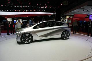 Renault-Eolab-concept-Paris-2014-05