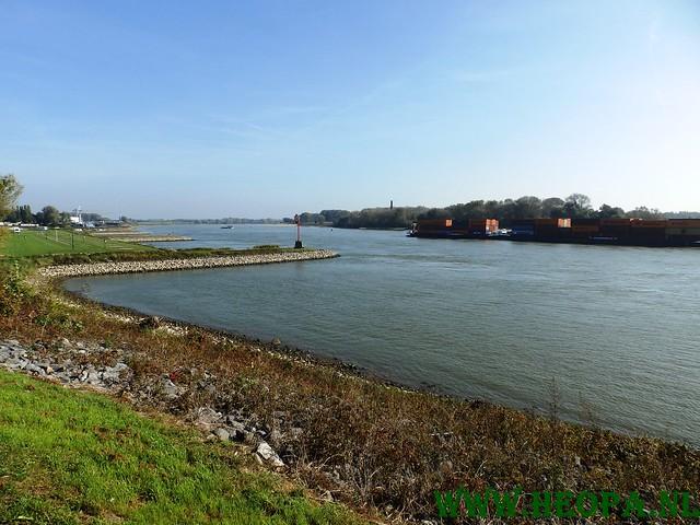 04-10-2014           Doornenburg      25 Km  (70)