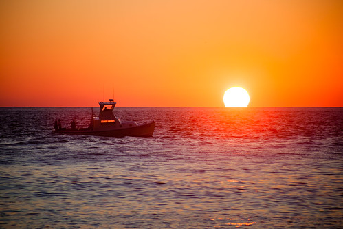 ocean morning newyork water sunrise boat fishing clear fishingboat montaukpoint