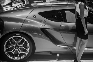 Impressions-at-Paris-Motor-Show-2014_131