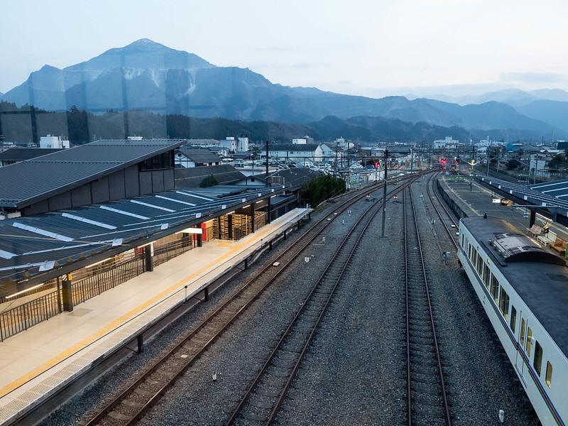 西武秩父駅から武甲山