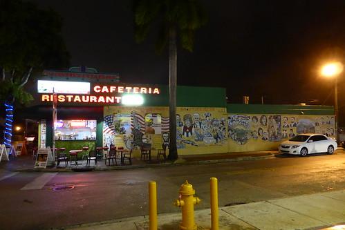 Cafetería - Restaurante Little Havana | by TiempoDeAventuras.com
