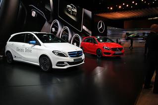 Mercedes-Benz-B-Class-2014-10