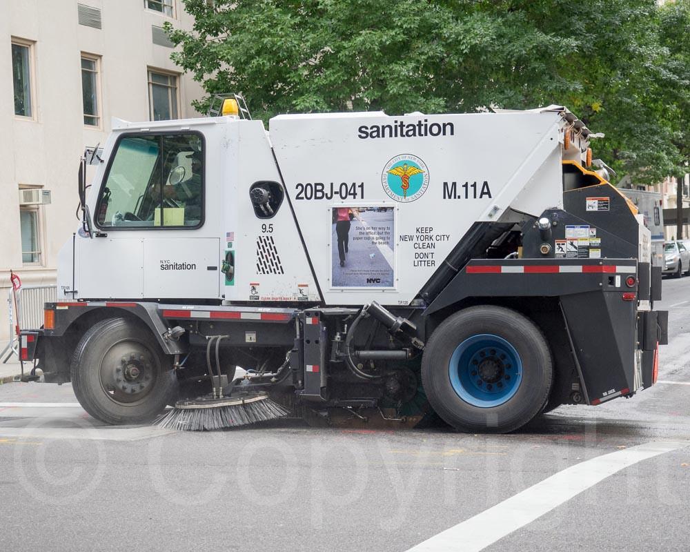 China Road Sweeper Truck (LMT5060TSL) - China Road Sweeper