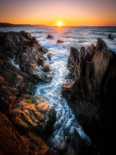 hanaforepoint wideangle ultrawide panasonic olympus918mmf4056 boulders rocks hdr beach hannafore nikcollection looe sunrise coast gx8 ortoneffect cornwall