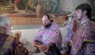 Литургия в Покровском соборе 270