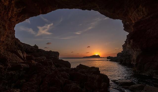 Enjoy every sunset , look forward to every sunrise ...