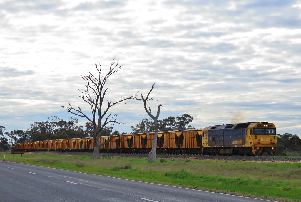BL31 heads south on the Hopetoun-Murtoa branch with the Iluka mineral sands train by Adam Serena