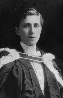 Georges P. Vanier, B.A., Université Laval, 1906 / Georges P. Vanier, bachelier ès arts, Université Laval, 1906