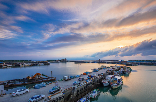 sunset cloud canon harbor 夕陽 日落 新竹 lr 南寮 6d 漁港 雲彩 黑卡 nd8 漁船 hsinchu