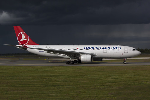 Turkish A330-200 | by stein380 Thanks for over 9,7 million views!