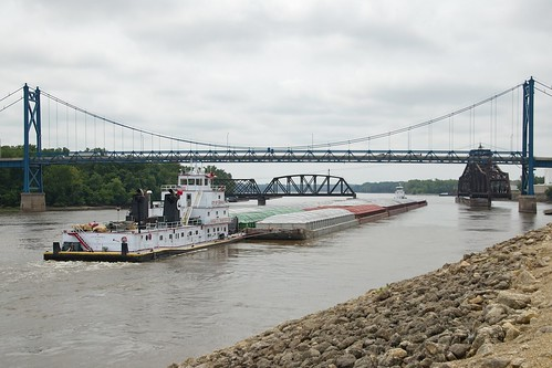 bridge river mississippi clinton bridges iowa swing transportation marquette towboat 7115 cityofcassville