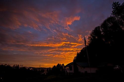 sunrise morning clouds color red flag oregon rainieroregon daybreak lowercolumbiariver