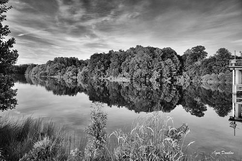 flickr bw mono lake sky water monochrome outdoor serene landscape blackandwhitephotography blackandwhite